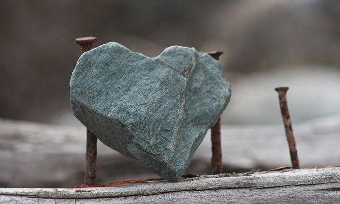 Punya Sifat Egois, Gengsi dan Hati Sekeras Batu? Begini Cara Melunakkannya